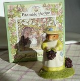 The Classic New Baby Gift: Brambly Hedge Figurine in Stuttgart, GE